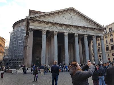 Parte de fuera del Panteón de Roma