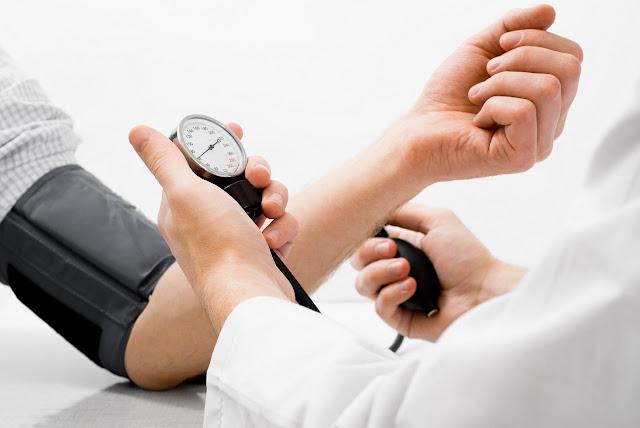 Gejala Tekanan Darah Tinggi atau Hipertensi