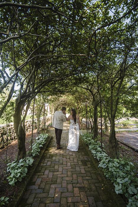 Glen Burnie House Wedding in Winchester, Virginia