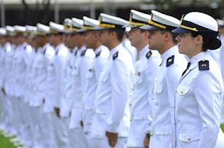 http://vnoticia.com.br/noticia/2653-marinha-anuncia-concurso-para-nivel-superior