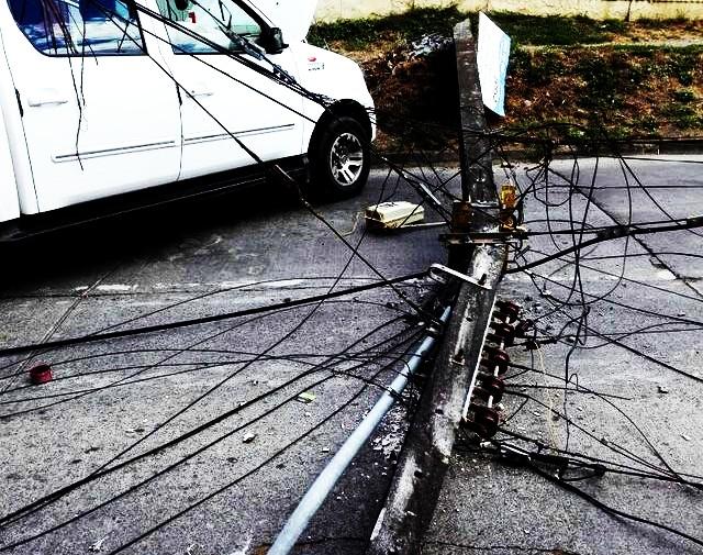 Saesa se refiere a postes chocados y plan piloto en Ovejería ⚡