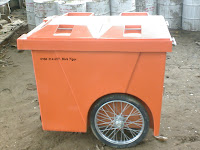 xe day rac nhua composite