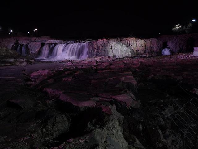 falls park, waterfalls, south dakota, road trip, adventure