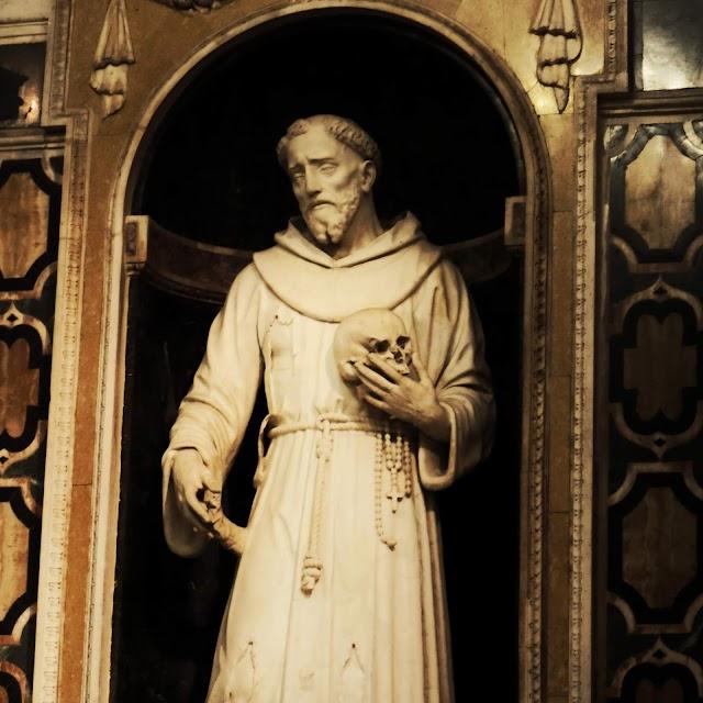 Perché alcuni santi sono raffigurati con un teschio 💀?