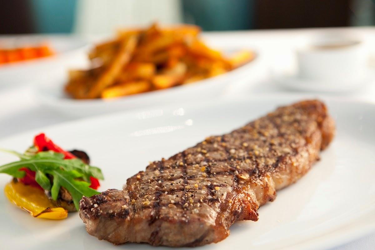 Tenderloin Steak With Crispy Potato