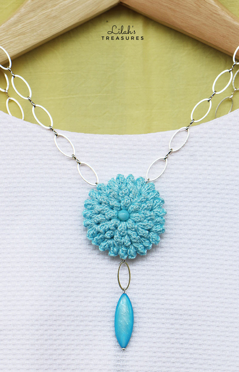 crochet popcorn flower pendant