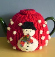http://www.ravelry.com/patterns/library/christmas-tea-cosy