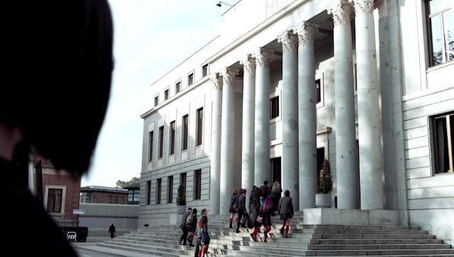 Escena de la Casa de la Moneda y Timbre en 'La casa de papel'