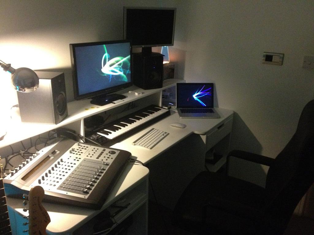 recording studio furniture by tangelo design. Black Bedroom Furniture Sets. Home Design Ideas
