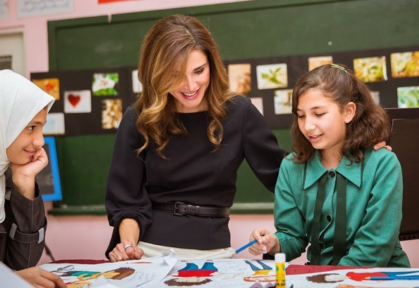 Queen Rania visited the Sweileh Secondary School for Girls in Amman. The pop-up concerts funded by Orange, Toyota, and Careem
