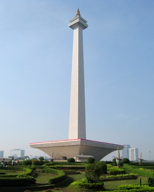 Jalan Jalan Monas Jakarta