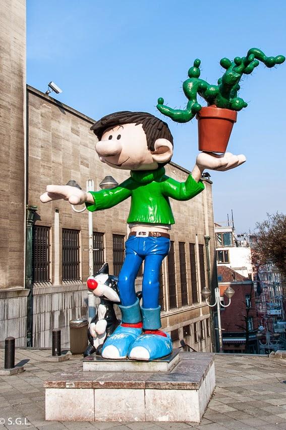 Tomas el Gafe en la ruta del comic en Bruselas