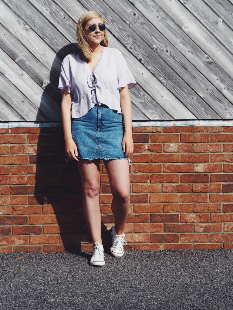 fbloggers, fashionblogger, wiw, whatimwearing, asseenonme, asosblouse, denimskirt, lotd, lookoftheday, ootd, outfitoftheday, fashionpost, asostieupblouse, converseshoes