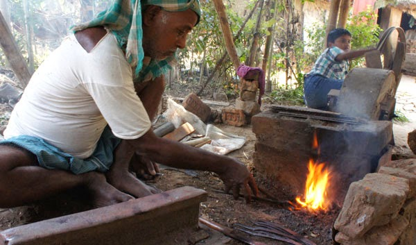 Village Ironsmith Paddy harvest  tool Making