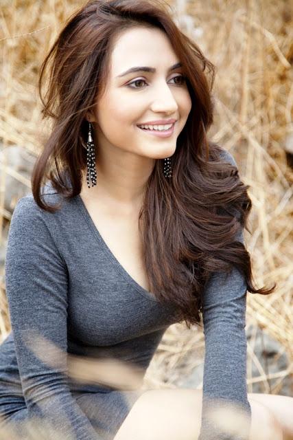 Punjabi Actress Dhrriti Saharan