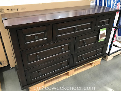 Costco 4560013 - You can always use more space that the Bayside Furnishings 7-Drawer Dresser provides