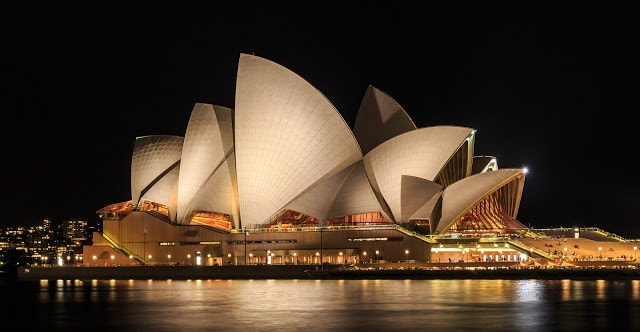 places to visit Sydney Opera House
