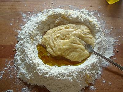 Crostatine alla marmellata con frolla all'olio 4