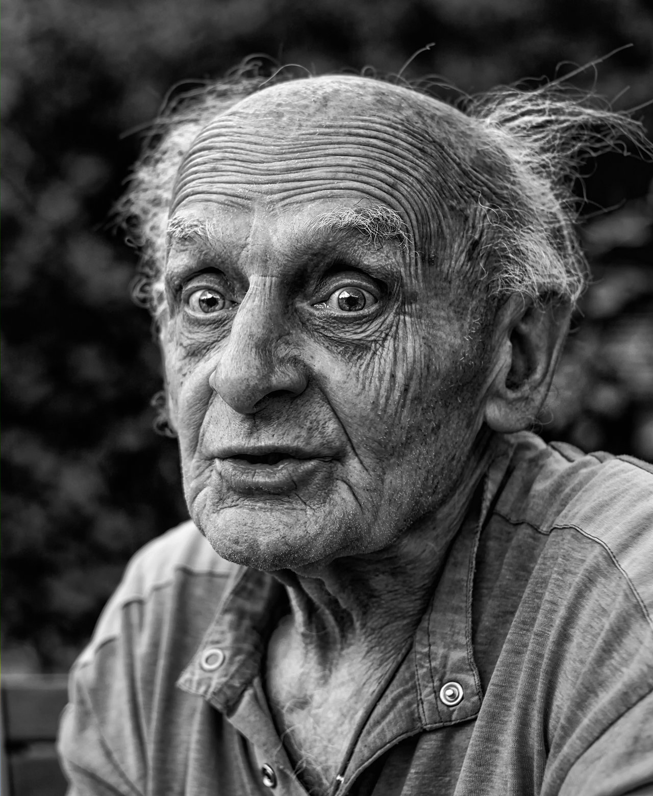 The Different Faces of a Old Man - Cool Stories and Photos
