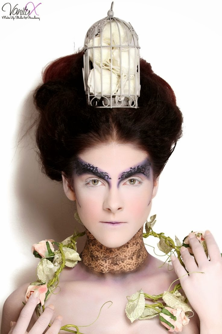 Makeup Bloggers On Youtube: Makeup Blog: Contemporary Elizabethan Images