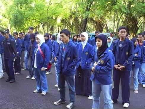 Berubah Dari Anak SMA Menjadi Anak Kuliah