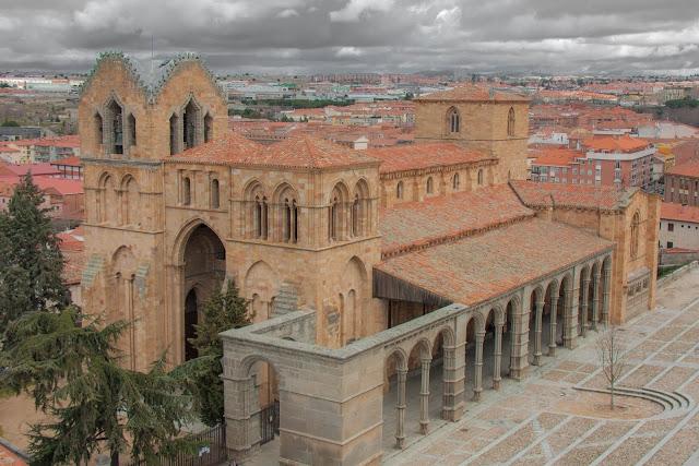 Basílica de San Vicente, em Ávila, na Espanha.