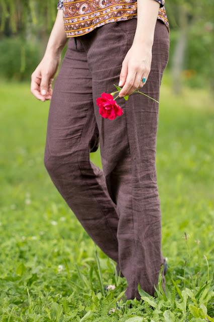 Stoffhose | Sommerhose | Weite Hose | Leinenhose | Burda Schnittmuster für Damen nähen | lässig elegant gemütlich