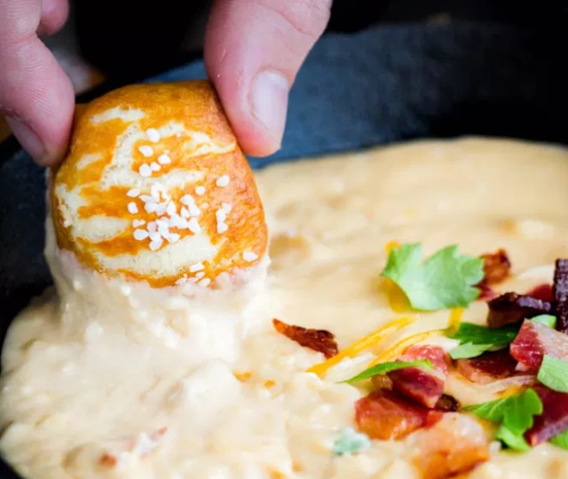 Bacon Beer Cheddar Dip