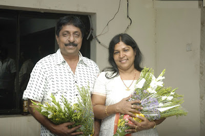 Dhyan Sreenivasan father and mother