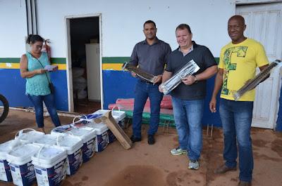 Dr. Neidson participa da doação de materiais para realização de oficinas de artesanato em Guajará-Mirim