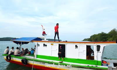 transportasi laut selama wisata di ujung kulon