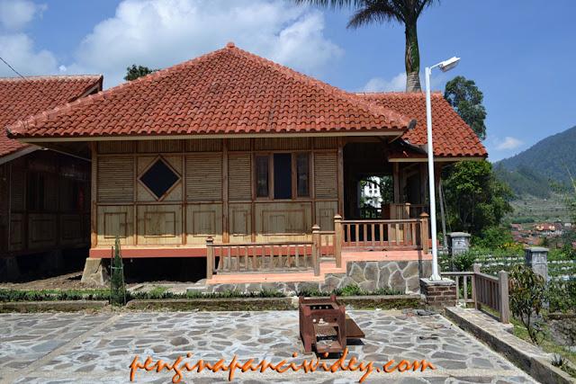 Booking villa di area wisata kawah putih dari banyumas