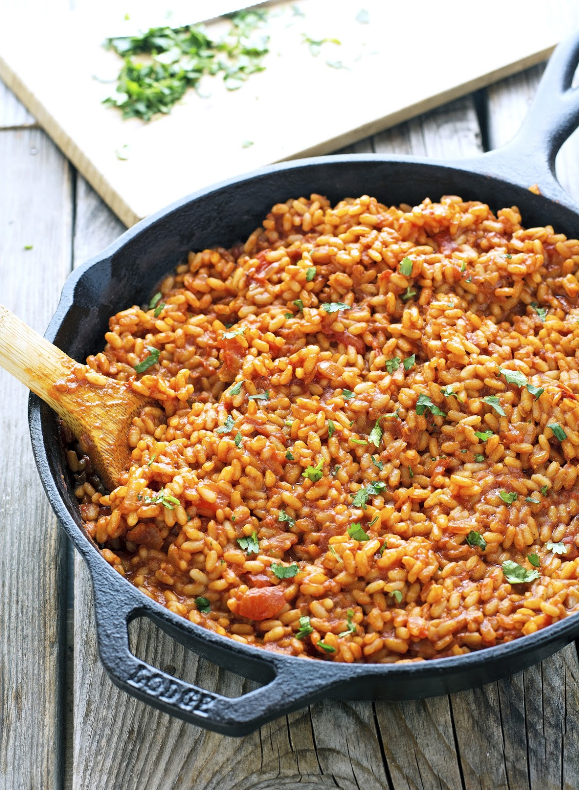 (Vegan) Easy Flavorful Spanish Rice