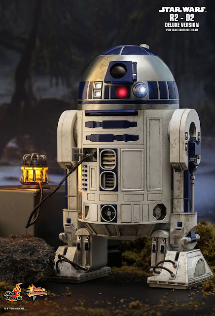 Hot Toys MMS511 1/6th Scale Star Wars R2-D2 (Deluxe Version) 18cm Collectible Figure 1