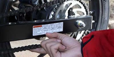 Resiko Setel Rantai Motor Terlalu Kencang