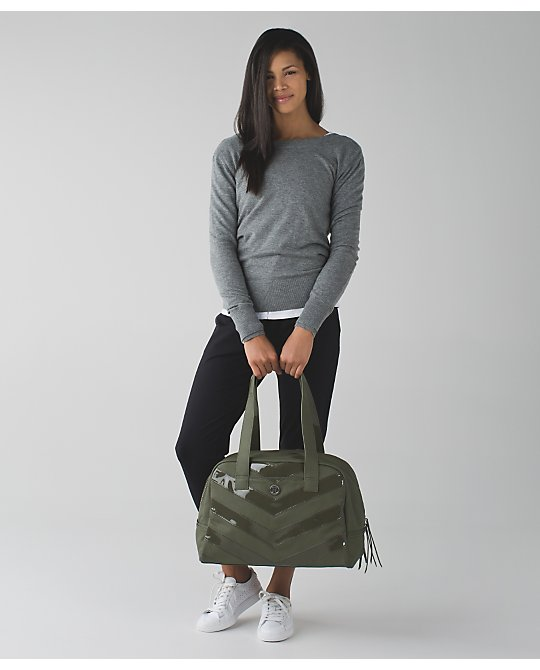 lululemon urban-sanctuary-bag
