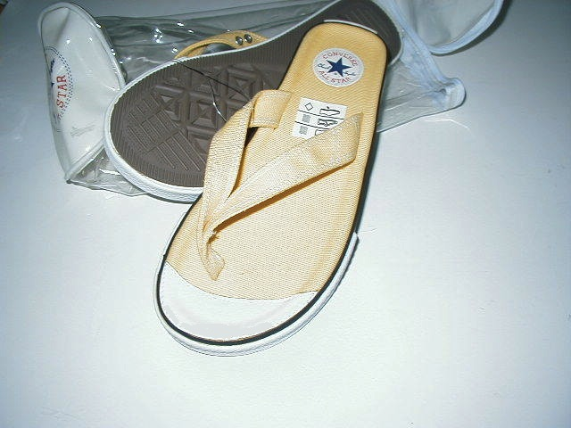 CONVERSE ALL STAR CHUCK TAYLOR SANDALS