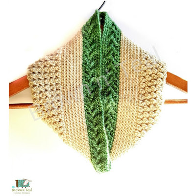 Crochet cowl in green and taupe.