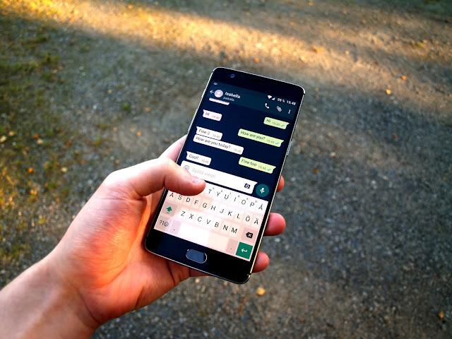 Menghapus pesan whatsapp terlanjur terkirim