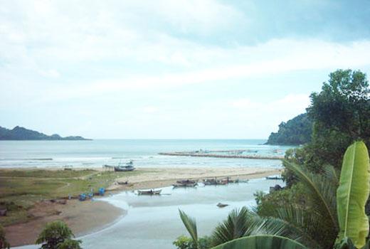 Pantai Tangsi, Situbondo