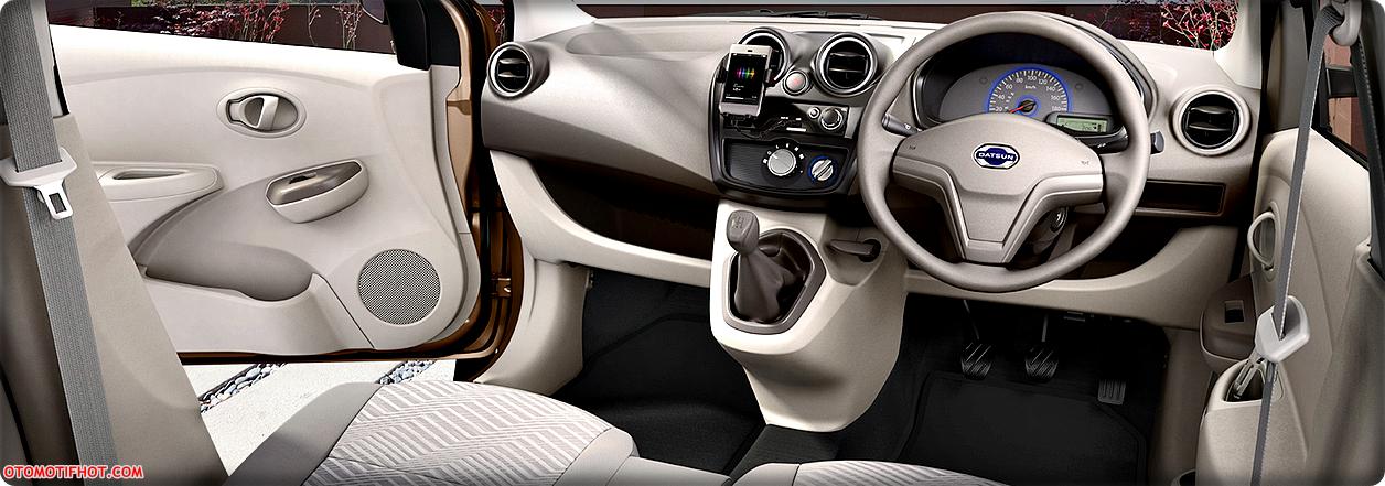 Spesifikasi dan Harga Datsun GO+ (Plus) Panca Terbaru 2016 - Kabin Bagian Depan
