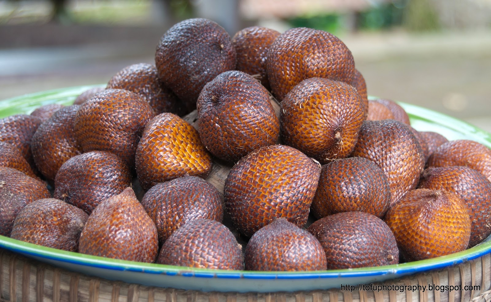 Tofu Photography: Snake fruit (Salak)