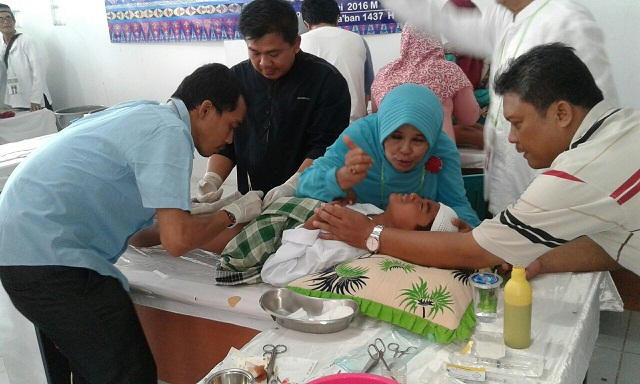 FKMT Baktijaya Khitan 38 Anak Yatim dan Santuni 56 Duafa