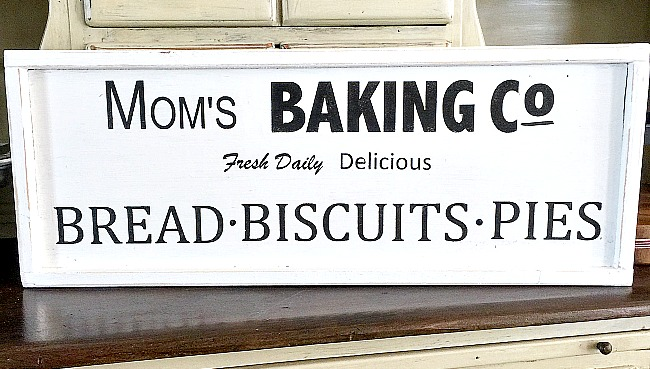 Mom's Baking Company Sign Request