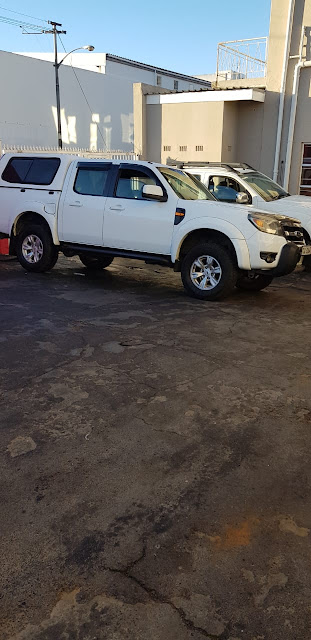 cars for sale in Cape Town Cars & Bakkies in Cape Town - 2011 Ford Ranger 2.5 TD XLT 5 speed D/cab in white