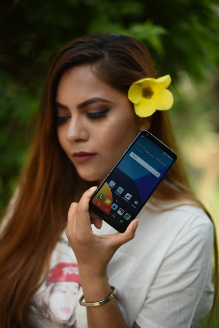LG Q6 review, best groupfie camera, best smartphone india, delhi blogger, indian tech blogger, wide angle camera, LG India, 13mp front camera, best selfie phone, tech,beauty , fashion,beauty and fashion,beauty blog, fashion blog , indian beauty blog,indian fashion blog, beauty and fashion blog, indian beauty and fashion blog, indian bloggers, indian beauty bloggers, indian fashion bloggers,indian bloggers online, top 10 indian bloggers, top indian bloggers,top 10 fashion bloggers, indian bloggers on blogspot,home remedies, how to