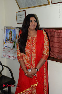 Shatamanam Bhavati Team at Sandhya Theater  0033.JPG