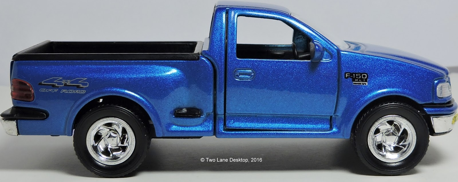 Here s an off shoot pullback brand that introduced two nicely done 1997 ford f 150 pickups