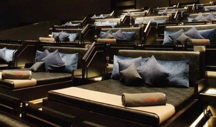 Phát sốt với rạp cinema giường nằm siêu đẳng cấp chỉ có ở Sài Thàn2h
