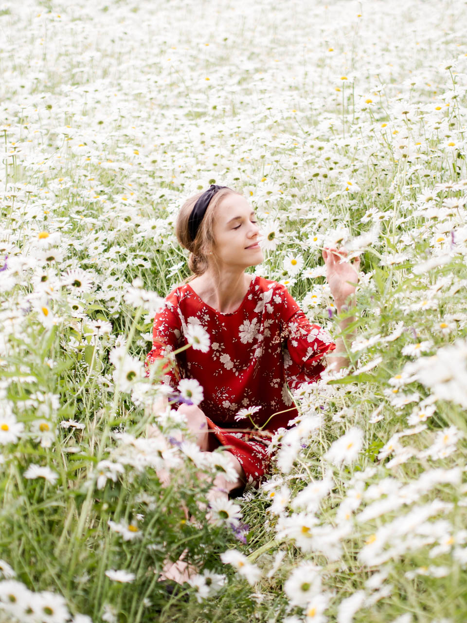 summer-fashion-floral-dress-blogger-kesä-muoti-kukkemekko-bloggaaja